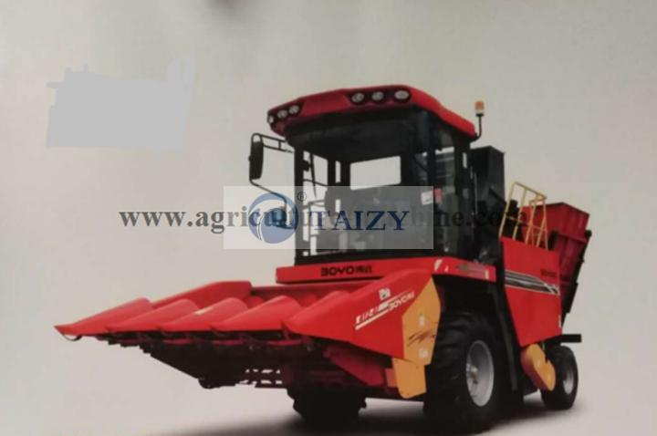 4 row corn harvester