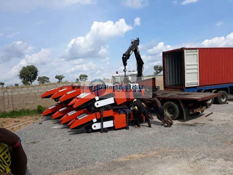 1 row corn harvester delivery site